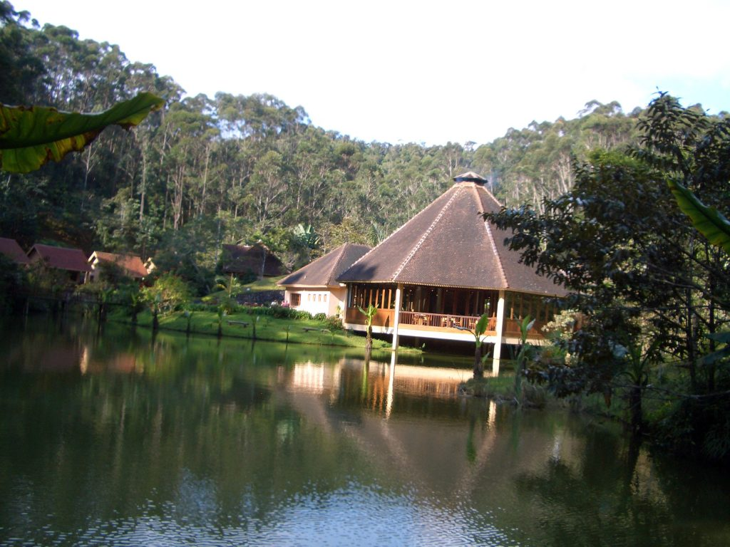 VAKONA LODGE MADAGASCAR