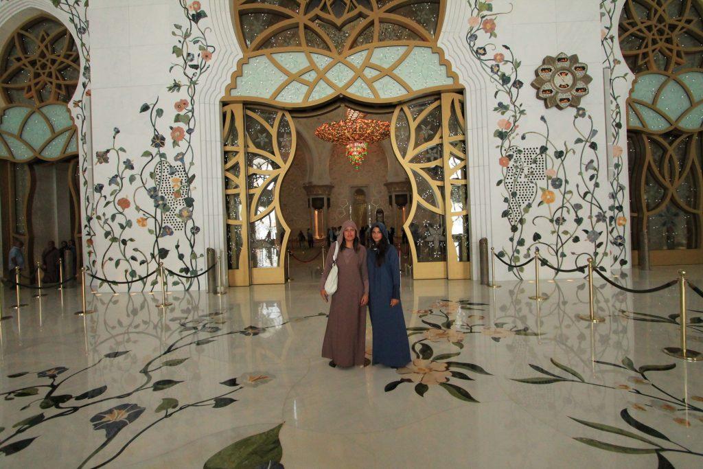La Grande Moschea di Abu Dhabi