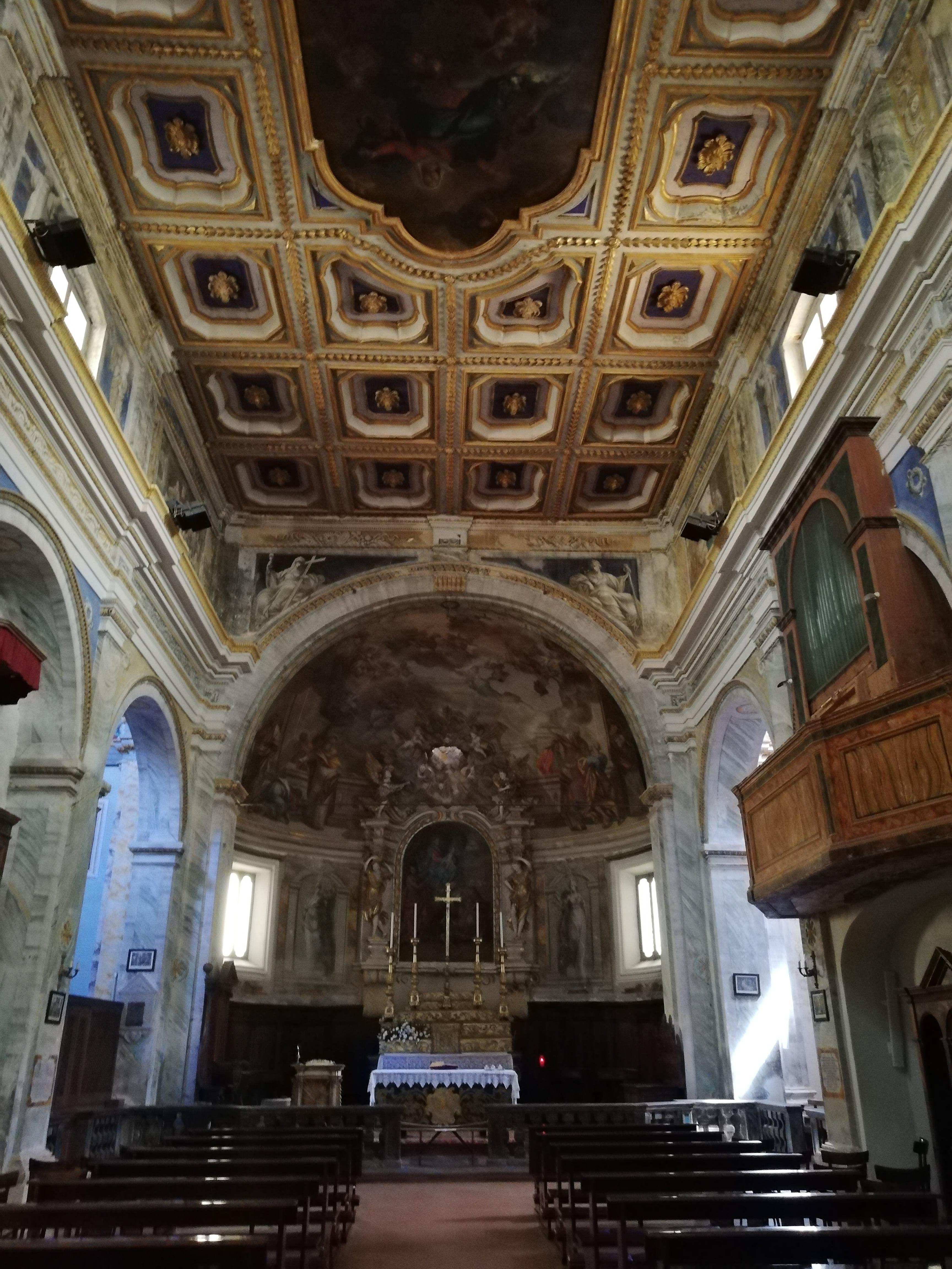 La collegiata Santa Maria Assunta. Donazione della Sacra SPina