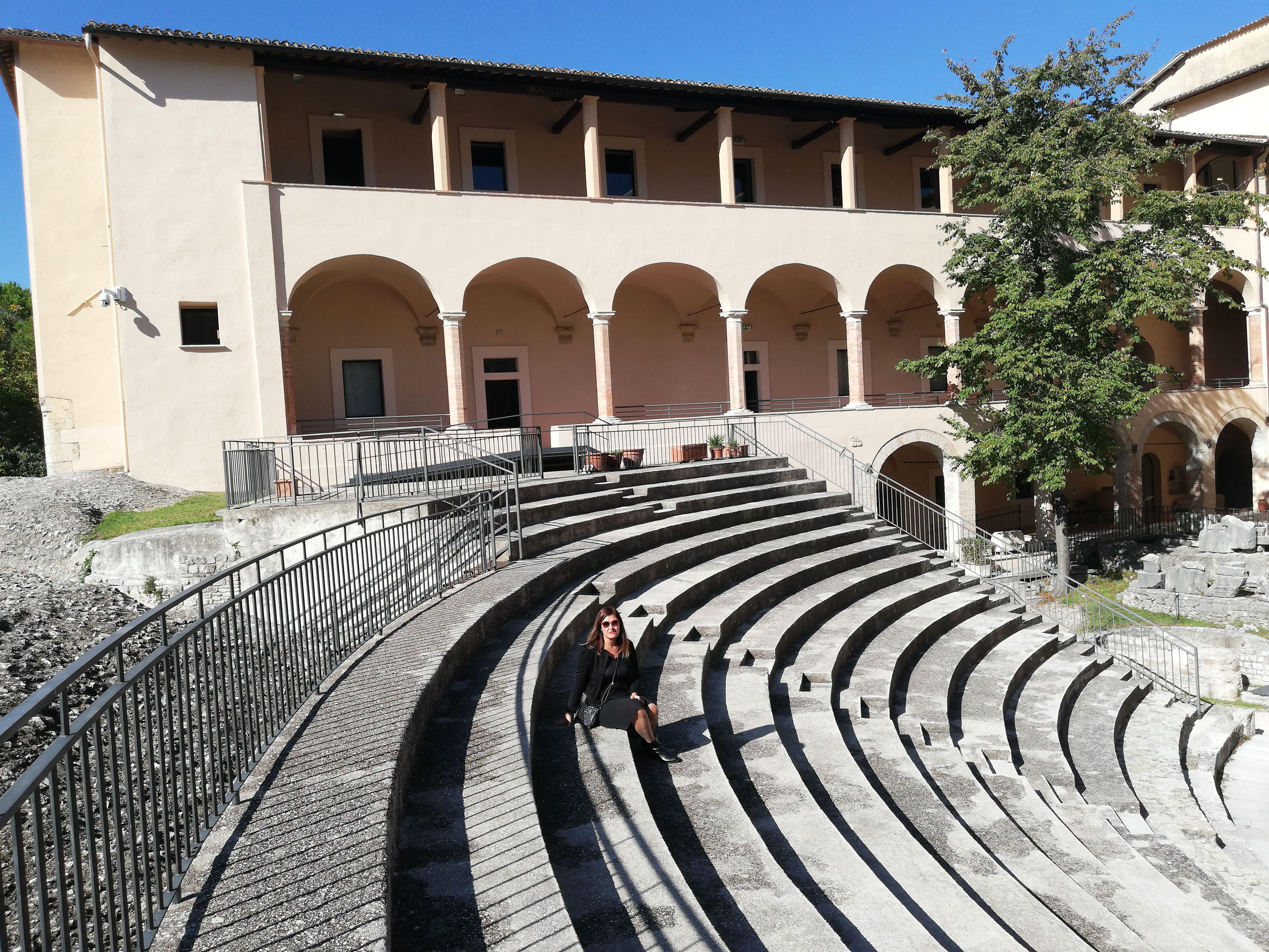 cosa vedere a spoleto teatro romano