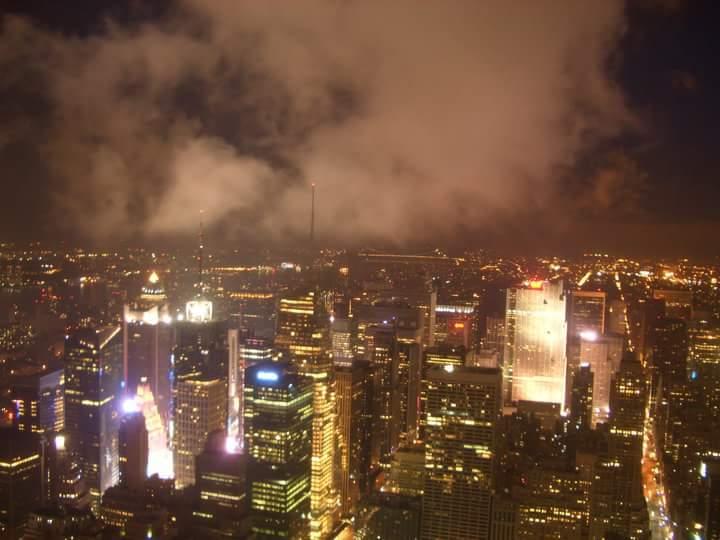 NEW YORK DI NOTTE DALL'EMPIRE STATE BUILDING