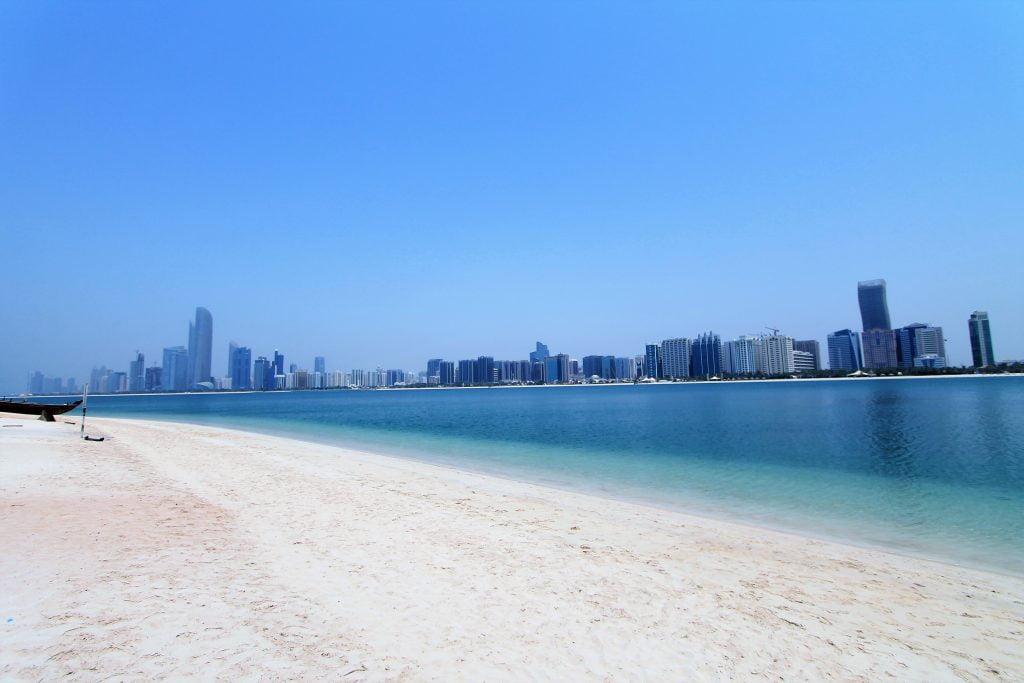 Abu Dhabi spiaggia