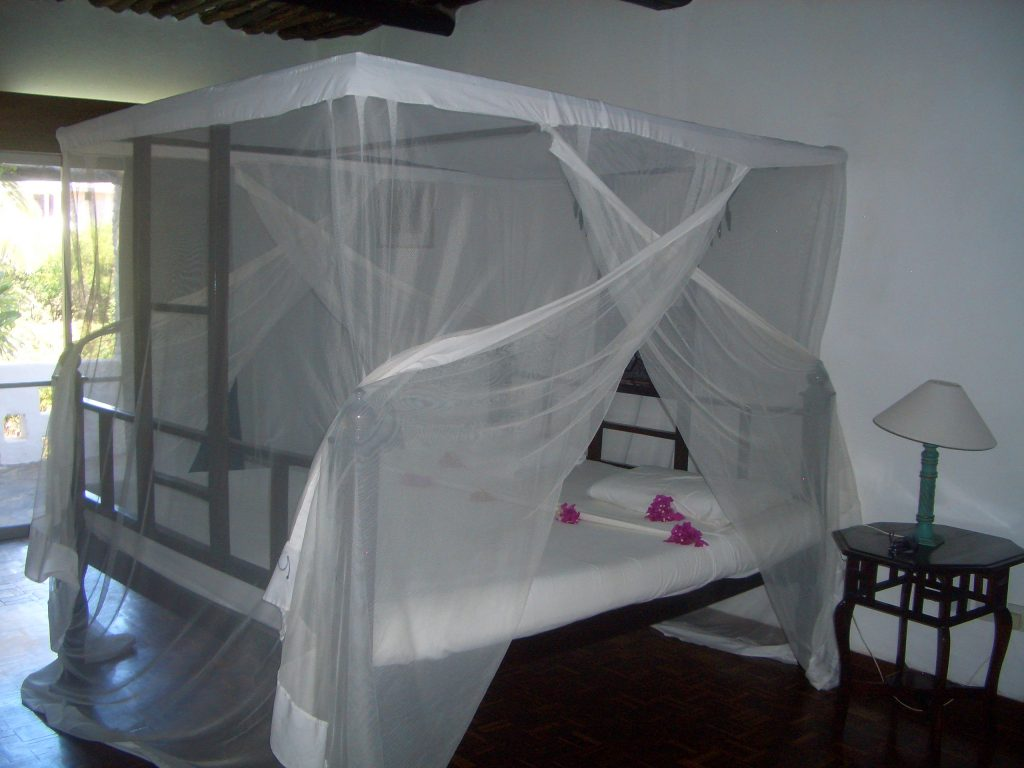 KENYA HOTEL ,BARRACUDA INN WATAMU