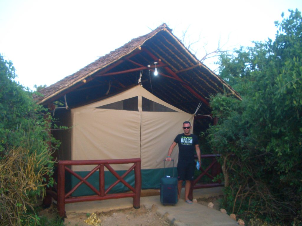 KENYA SAFARI, CAMPO TENDATO TSAVO EAST