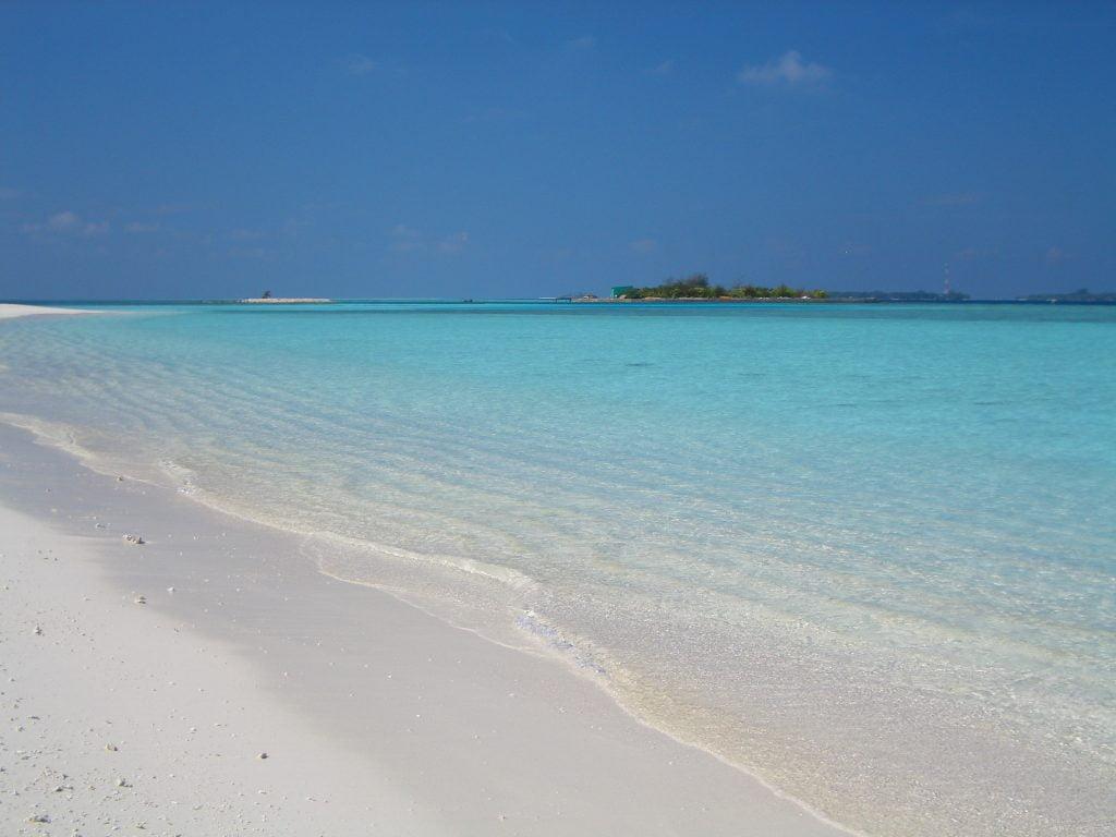 MALDIVE ATOLLO DI RASDHOO