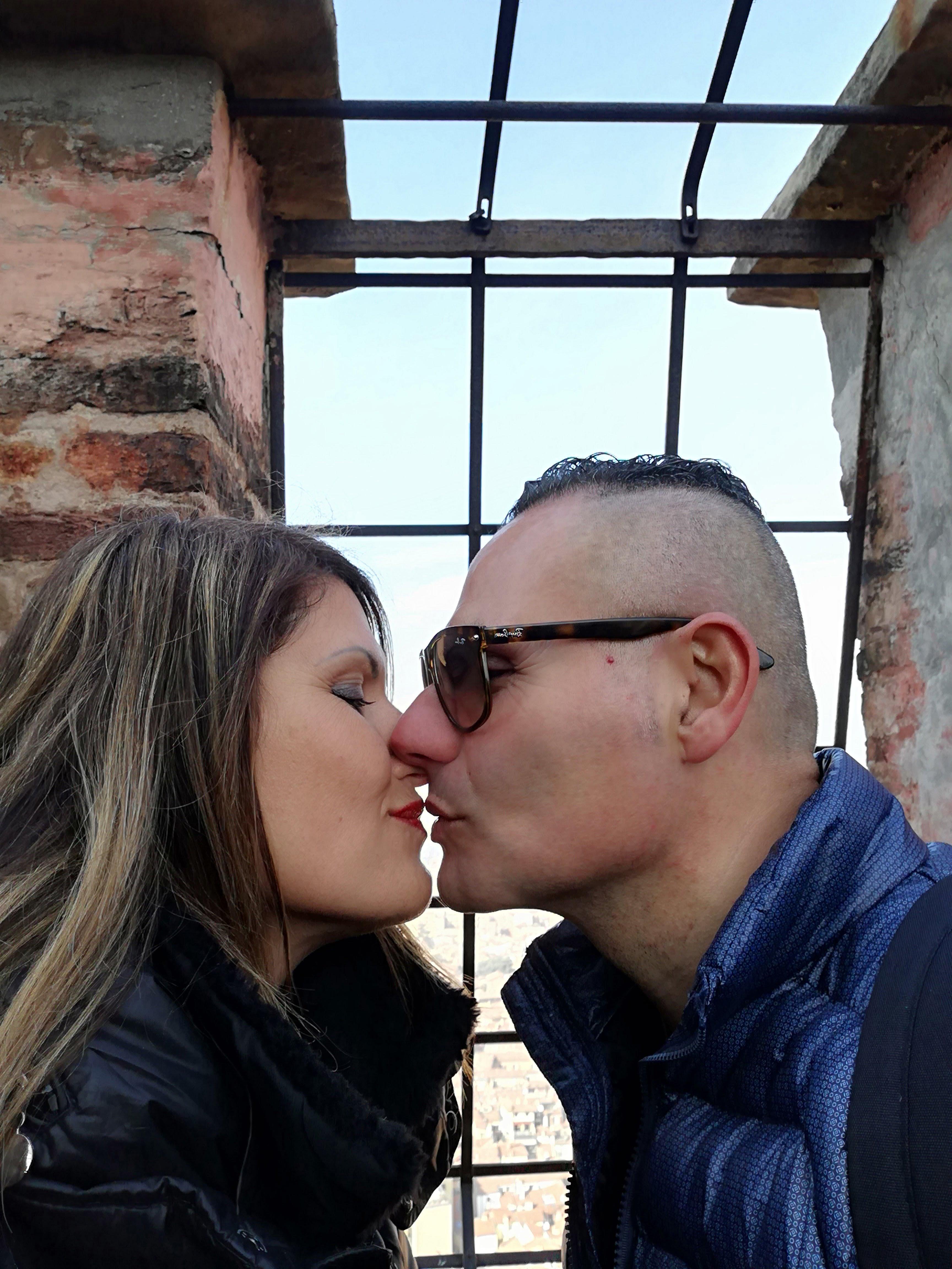 Cosa vedere a Bologna, Torre degli asinelli, un bacio ad alta quota