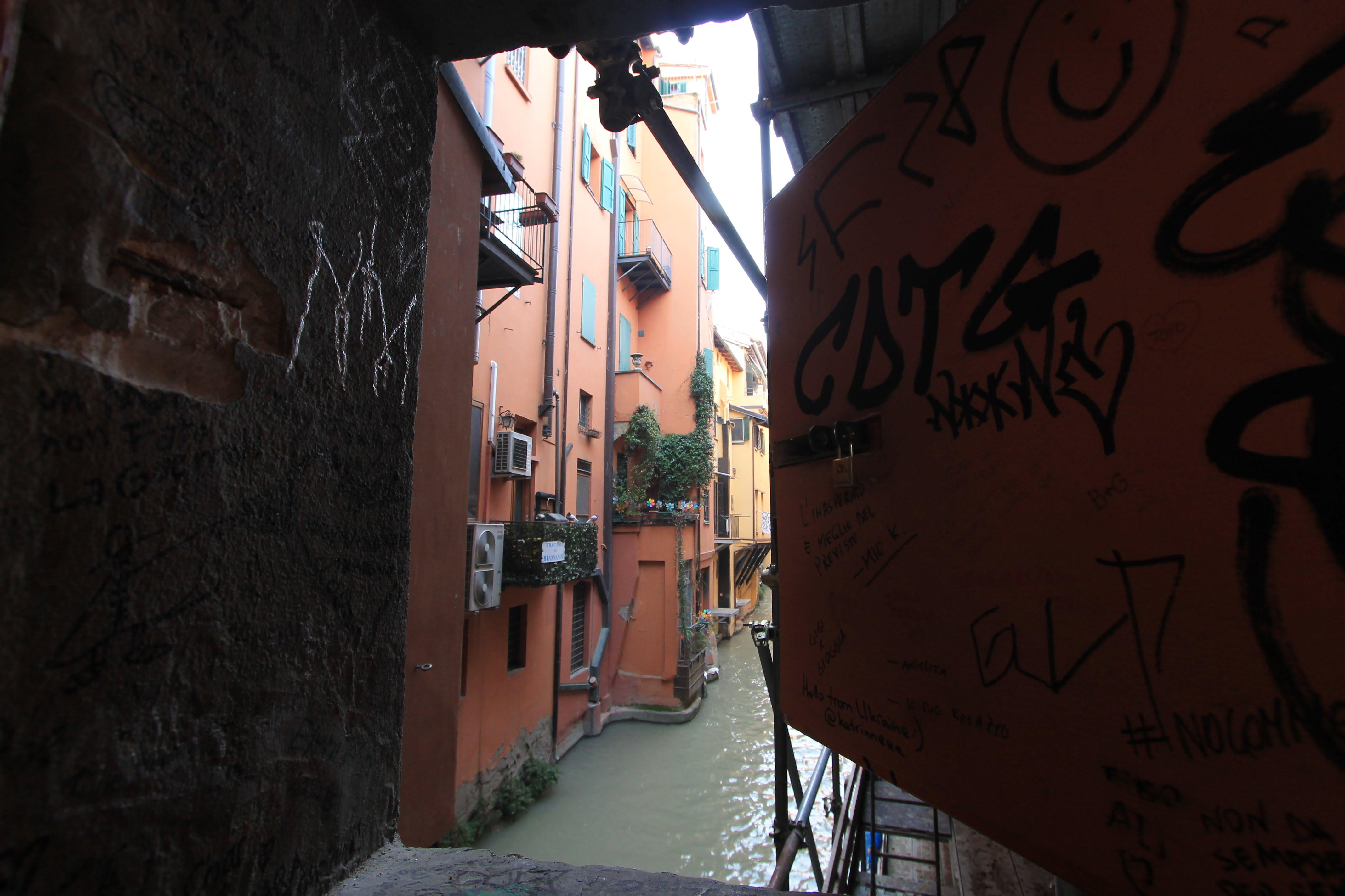 I segreti di Bologna: La finestrella sulla piccola Venezia