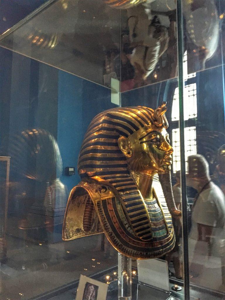 LA MASCHERA DI TUTANKHAMON MUSEO EGIZIO IL CAIRO