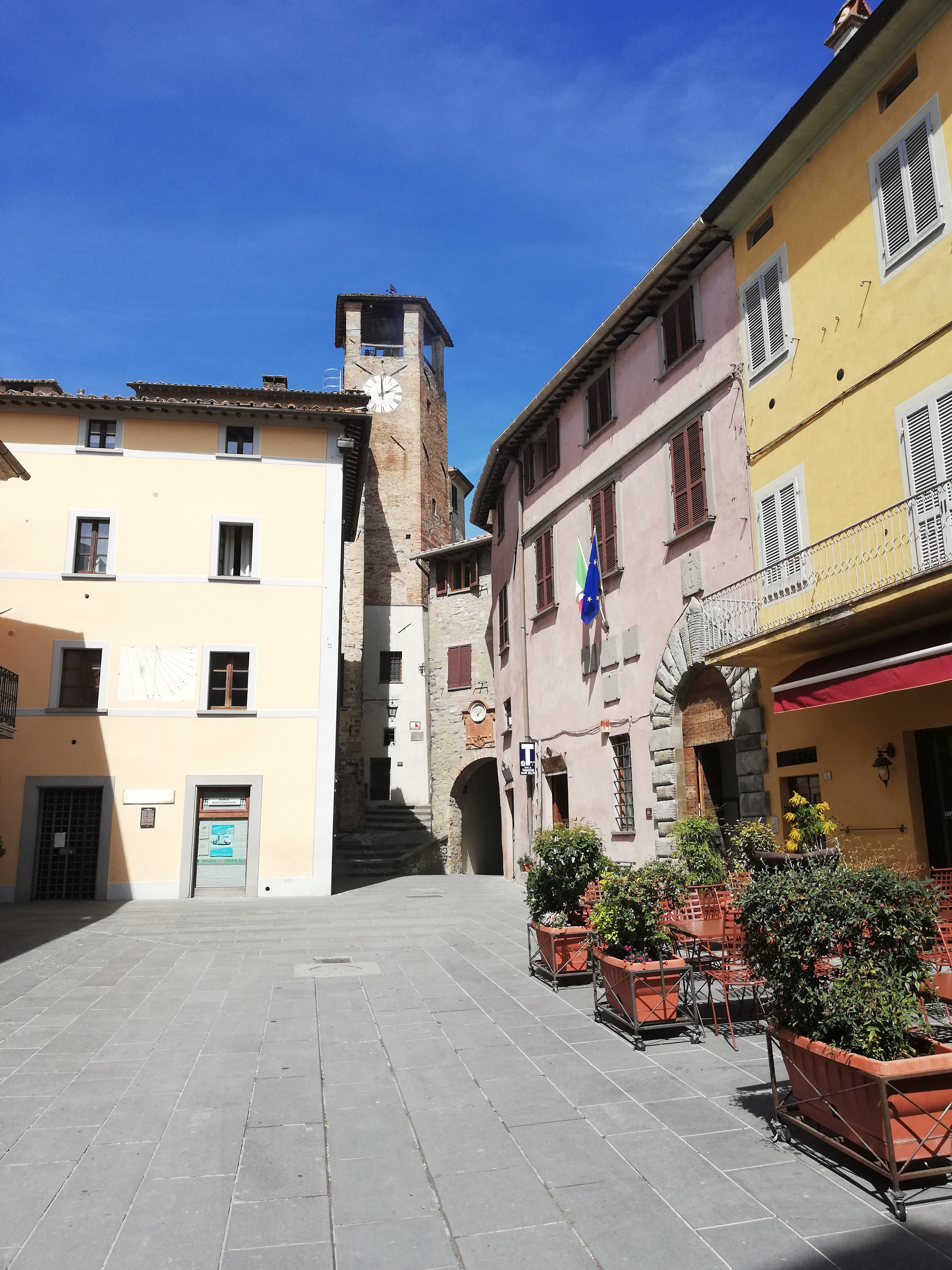 Piazza Fortebraccio Montone