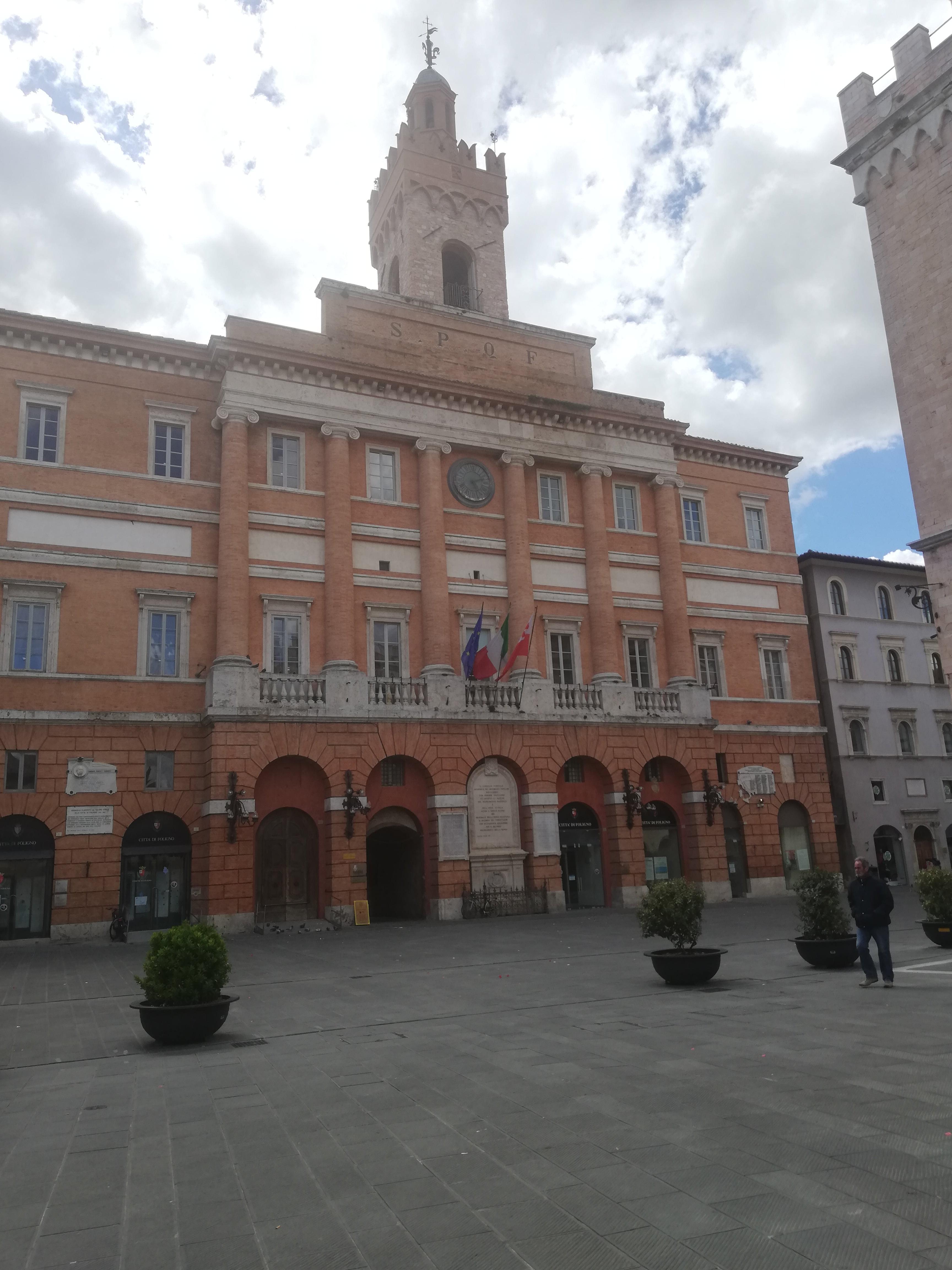 FOLIGNO COSA VEDERE , Palazzo Comunale