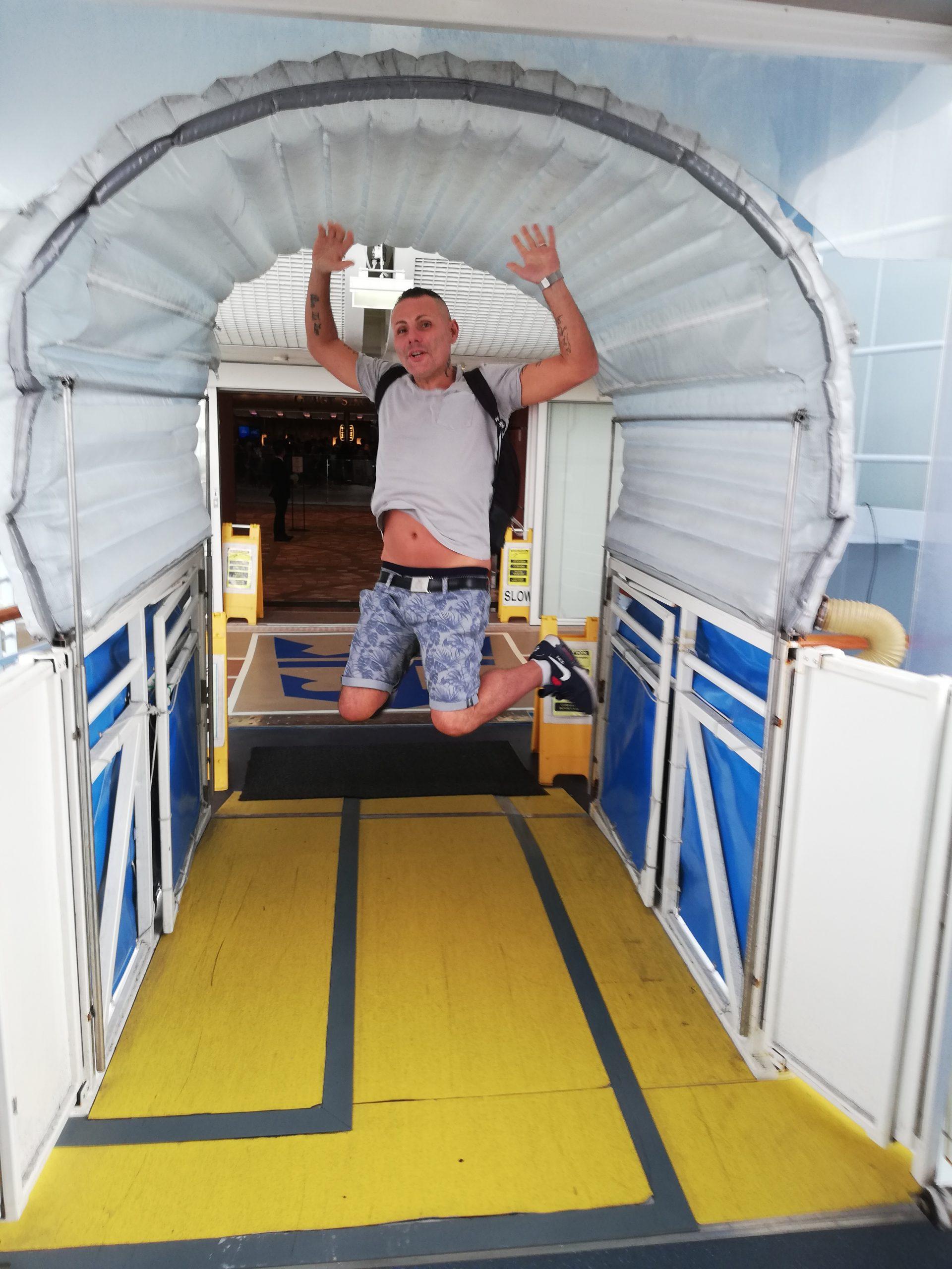 ingresso sulla allure of the seas, con salto!
