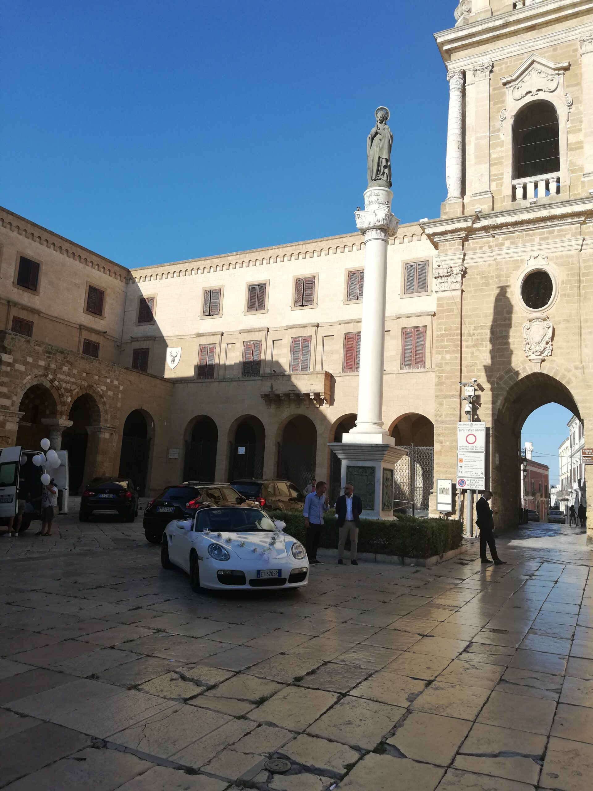 COSA VEDERE A BRINDISI, Piazza Duomo e la Cattedrale